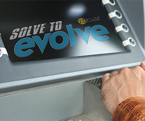 SOLVE TO EVOLVE – MEET KELLY CLARKSON AND MAROON 5!